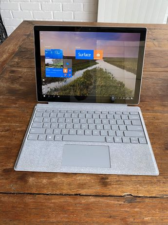 komputer/tablet 2w1MICROSOFT SURFACE PRO I5 - 7300U / 8 GB / 128 GB