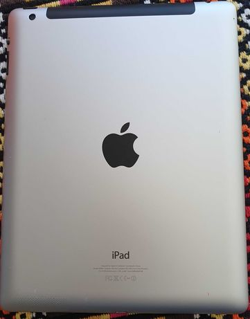 Apple iPad 4 - 16GB Wi-Fi (Preto)