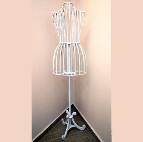 Изящный женский деревянный манекен. Авторская работа. Высота 160 см