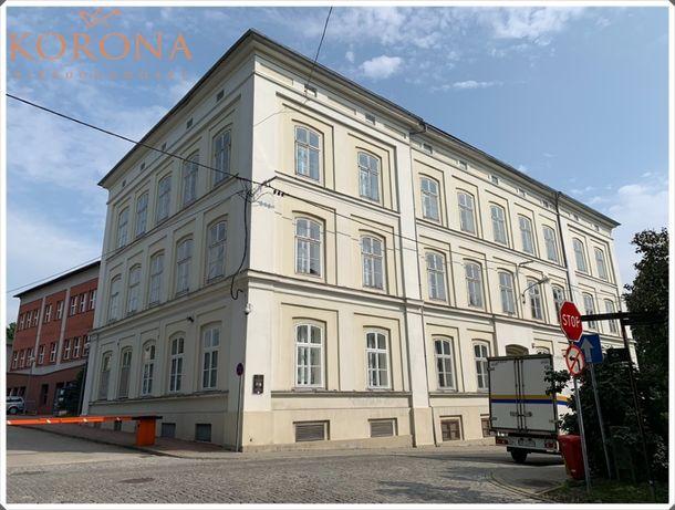 Kamienica w centrum Bielska-Białej o charakterze edukacyjno - biurowym