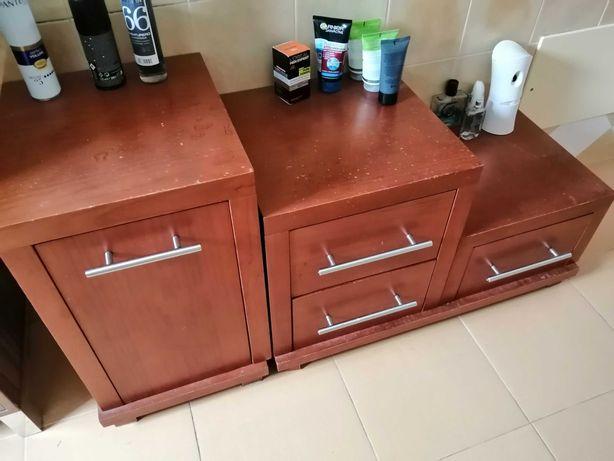 Móveis de apoio arrumação com porta e com gavetas