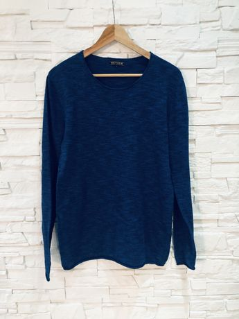 Granatowy sweter REVIEW