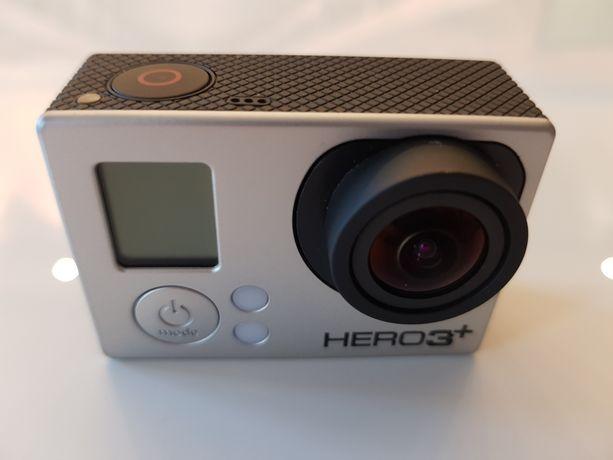 Kamera GoPro Hero 3+ Black plus dodatkowe akcesoria