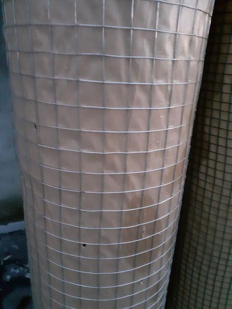 siatka zgrzewana oko 19/19mm,fi 0,8mm ocynk na gołębnik,wolierę,kurnik