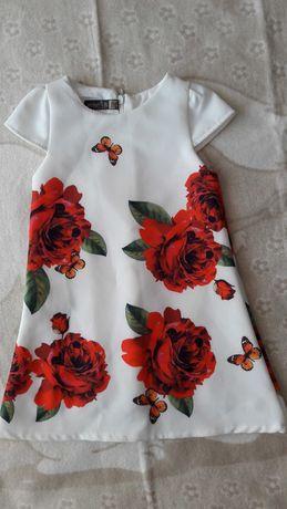Плаття з трояндами розмір 92 см.