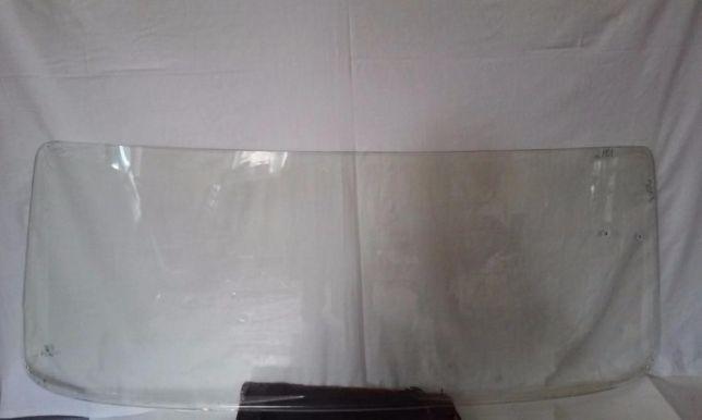 Заднее стекло на ВАЗ 2101, 2103, 2105, 2106, 2107