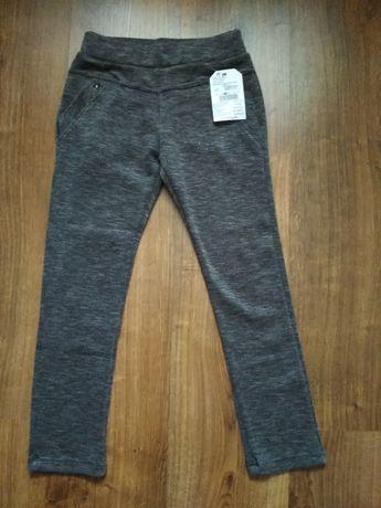 Spodnie legginsy r.140/146