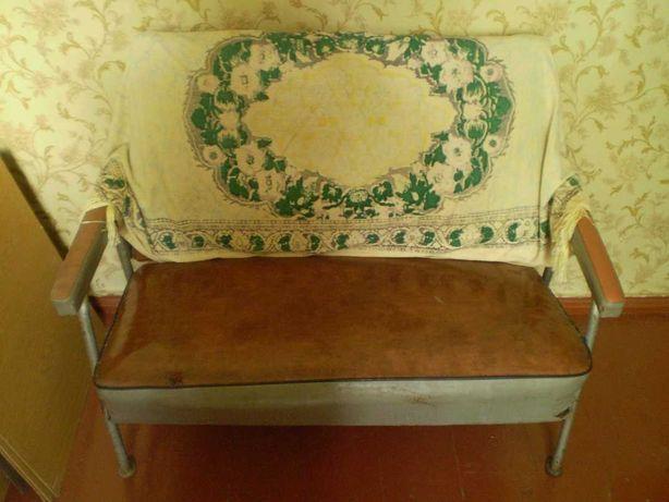 Диван диванчик мягкий уголок кожезаменитель металлический каркас СССР