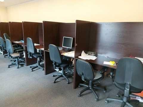 Stanowiska dla telemarketerów - Wyprzedaż mebli biurowych