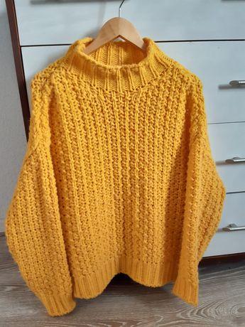 Sweter żółty reserved M