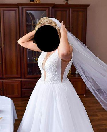 Suknia ślubna princessa kokarda głęboki dekolt Jola Moda
