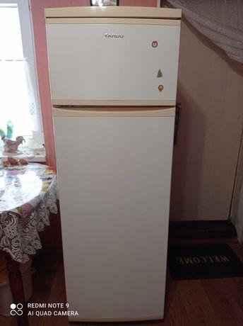 Холодильник ARDO.