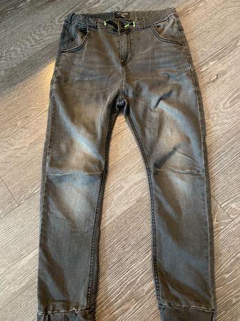 Szare spodnie Reserved rozm 158 chlopiec
