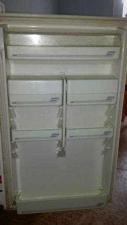 Ящики и полочки пластиковые к холодильнику НОРД-233