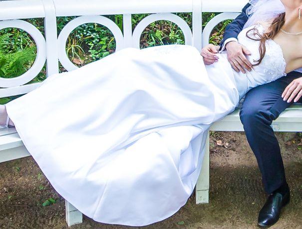Suknia ślubna biała na wzrost 175cm + 3cm obcas