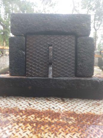 Porta para forno em pedra