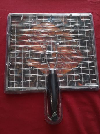 Ruszt do grillowania kurczaków lub innych produktów