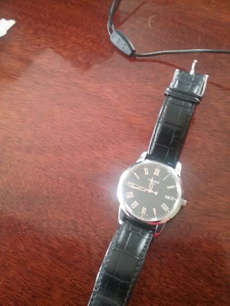 Продам часы Tissot Швейцария