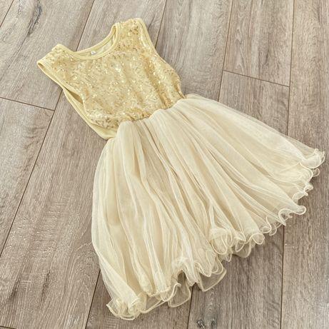Нарядное золотое платье с пайетками для девочки