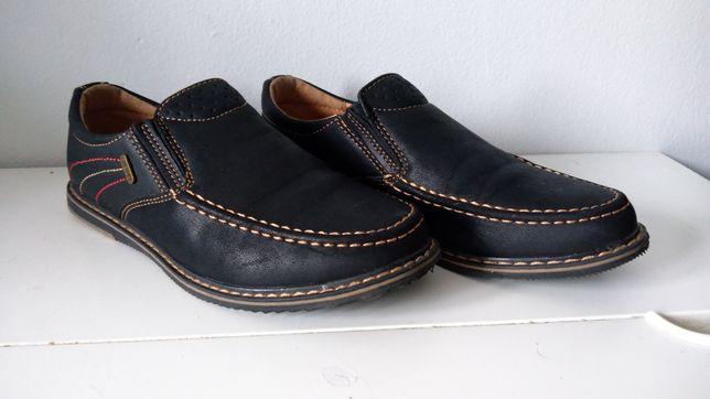 Buty chłopięce roz.34 mokasyny