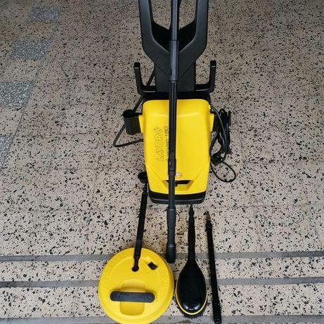 Máquina de Pressão LAVOR Superwash 160 com vários acessórios