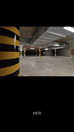 Do wynajęcia Garaż miejsce postojowe ul. wojskowa arena obok city park