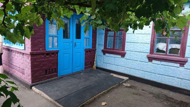Продам дом в прекрасном месте г. Гайворон.