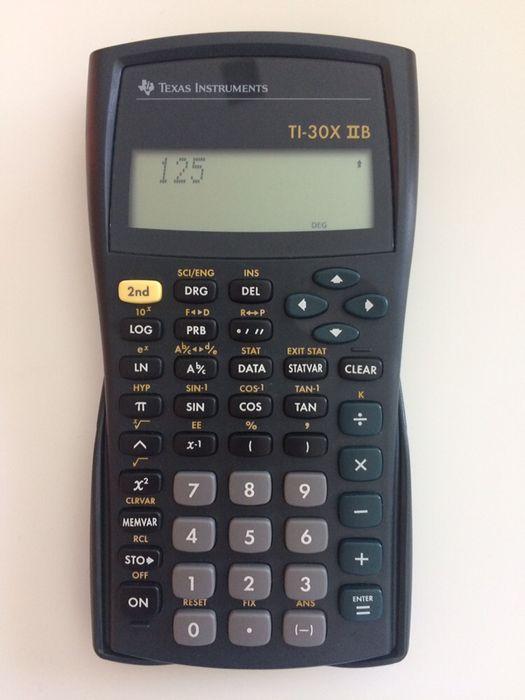Calculadora Texas TI - 30X IIB Vila Nova De Famalicão E Calendário - imagem 1