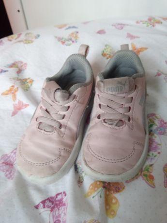 Sapatilhas / tenis Puma menina nº 21 rosa e cinza em bom estado