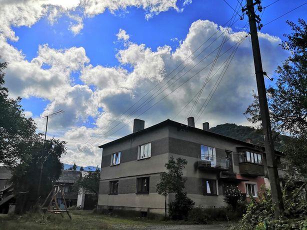Продається трьохкімнатна квартира в Сколе
