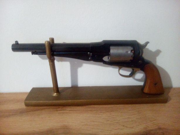 Stojak na rewolwer, pistolet.Pelny metal