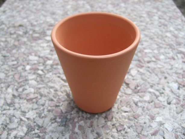 Vasos de barro - terracota contemporâneos