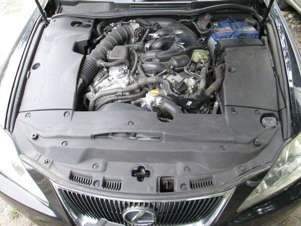 Lexus IS 250 Блок предохранителей подушка опора двигателя шкив клаксон