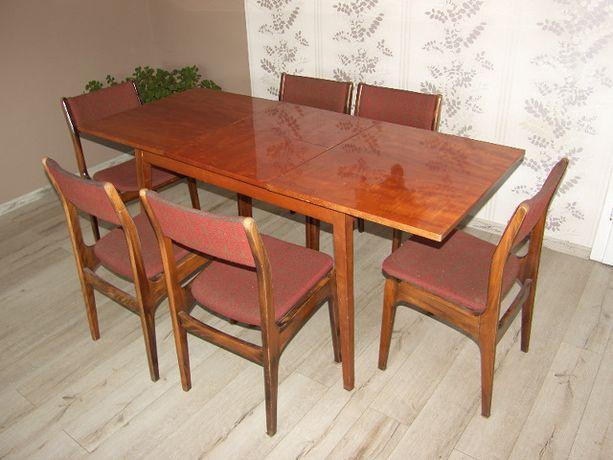 Sprzedam rozkładany stół + 6 krzeseł . .