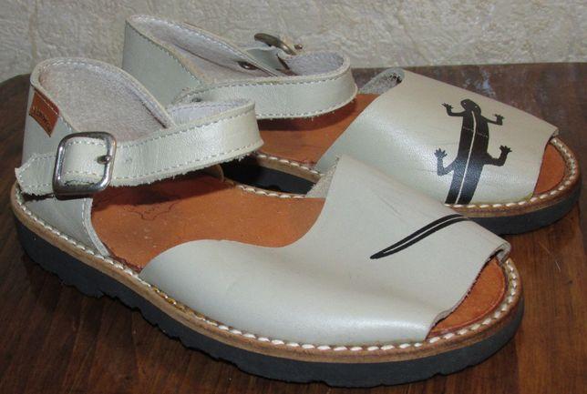Продам сандали босоножки Menorca 26 размера, стелька 17см Оригинал