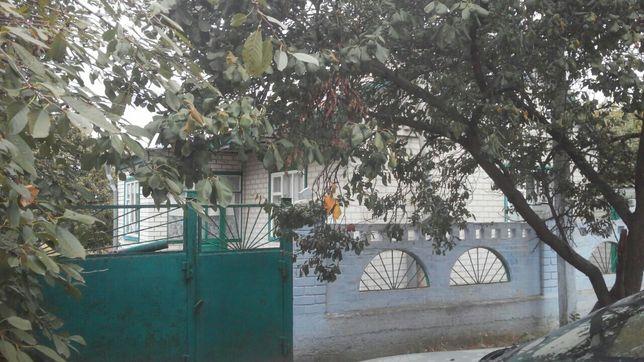 Дом в пгт Обуховка Днепропетровский р- н