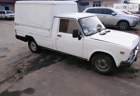 Автомобиль Иж-27175