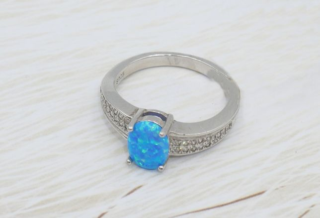 Srebrny pierścionek 925- opal australijski syntetyczny-rozmiar 13