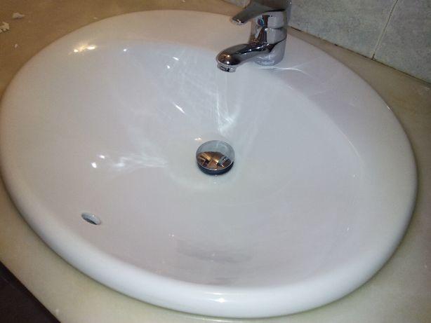 Material WC - Tampos Sanita ; Torneiras ; Espelho ; Lavatorio ; Etc...