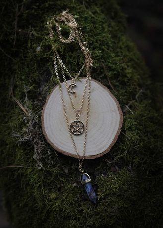 Kaskadowy nowy naszyjnik wicca gothic pentagram moon kryształek folk
