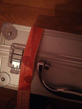 Бьюти кейс чемоданчик