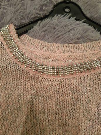 Sweter z perelkami