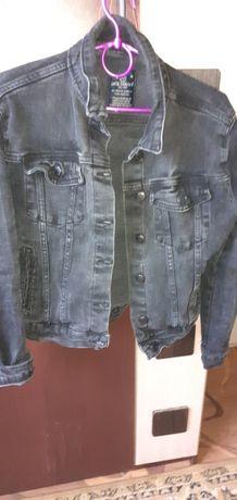 Продам джинсовый пиджак