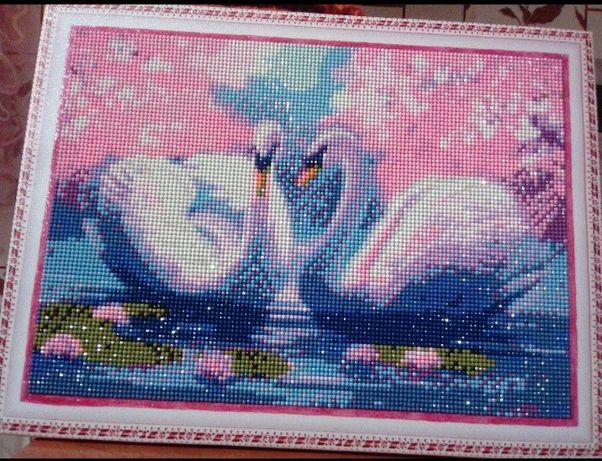 "Картина на подрамнике ""Лебеди на озере"""