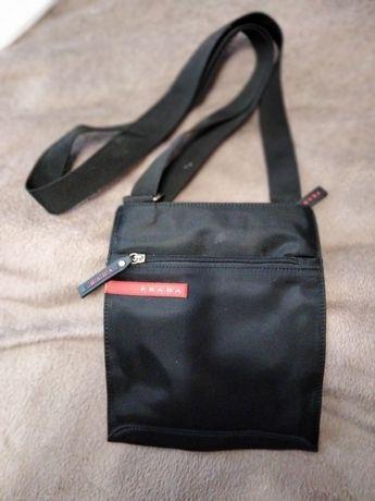 Чоловіча чорна сумка