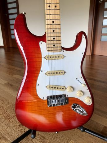 Fender Stratocaster Plus Top / Seymour Duncan SSL-1 SSL-6