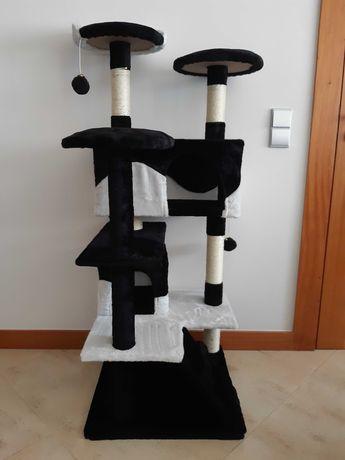 Arranhadores Gatos Preto/Branco 130cm (NOVOS/SELADOS)