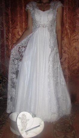 Недорого!Весільне плаття!