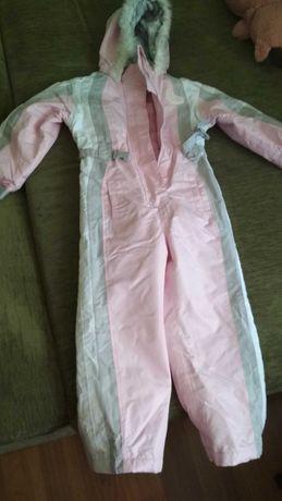 Продам лыжный костюм на девочку, 110-122.