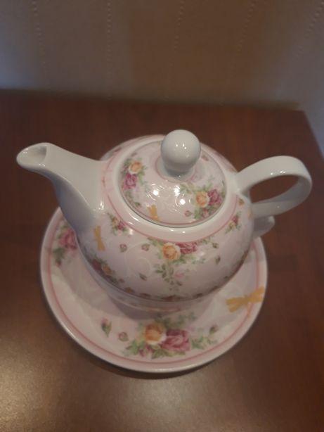 Чайный фарфоровый набор чашка чайник